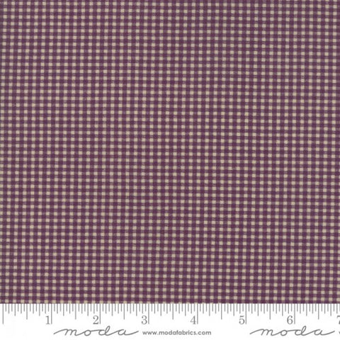 Evelyns Homestead - Betsy Chutchian - Gingham - 31565-13 - Fabric is sold in 1/2 yard increments