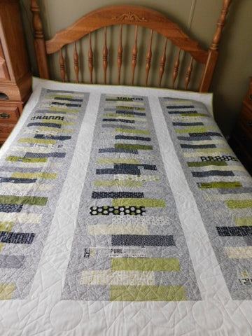 "Stacked Quilt Kit - 78"" x 88"""