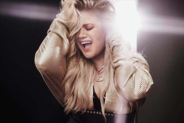 Kelly Clarkson Hot Poster