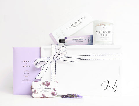 THE LAVENDER LOVER GIFT BOX