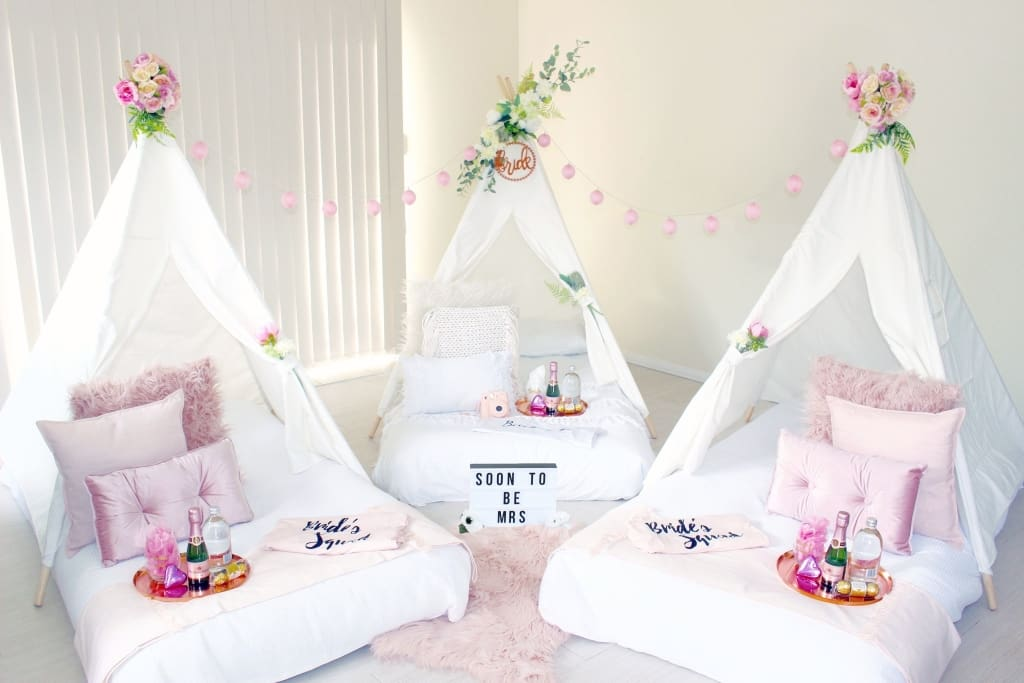 Bridal Party Auckland Slumber Set Up In Rose Gold Blush Bloom Berry