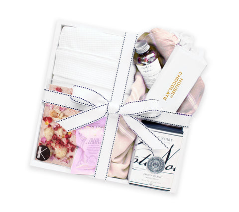 LUXURY RETREAT GIFT BOX