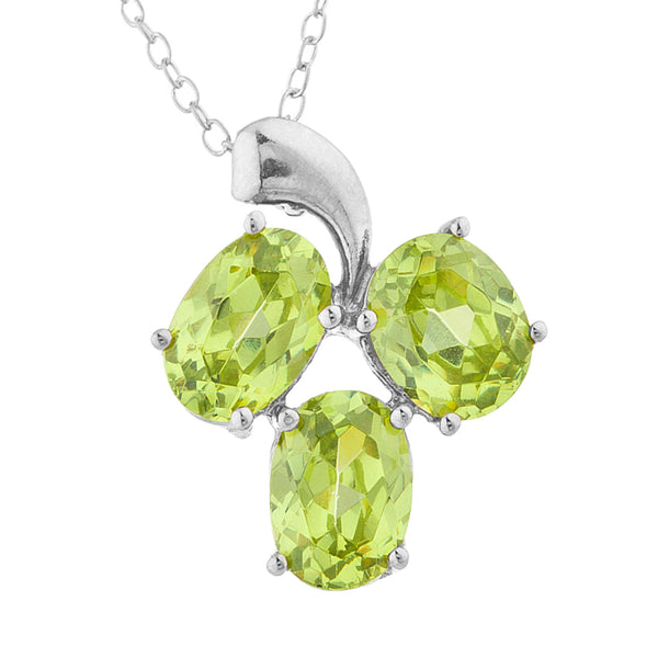 4.5 Ct Peridot Oval Design Pendant .925 Sterling Silver