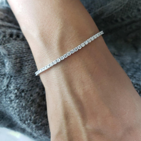 14Kt White Gold 3.30 Ct Diamond Tennis Bracelet