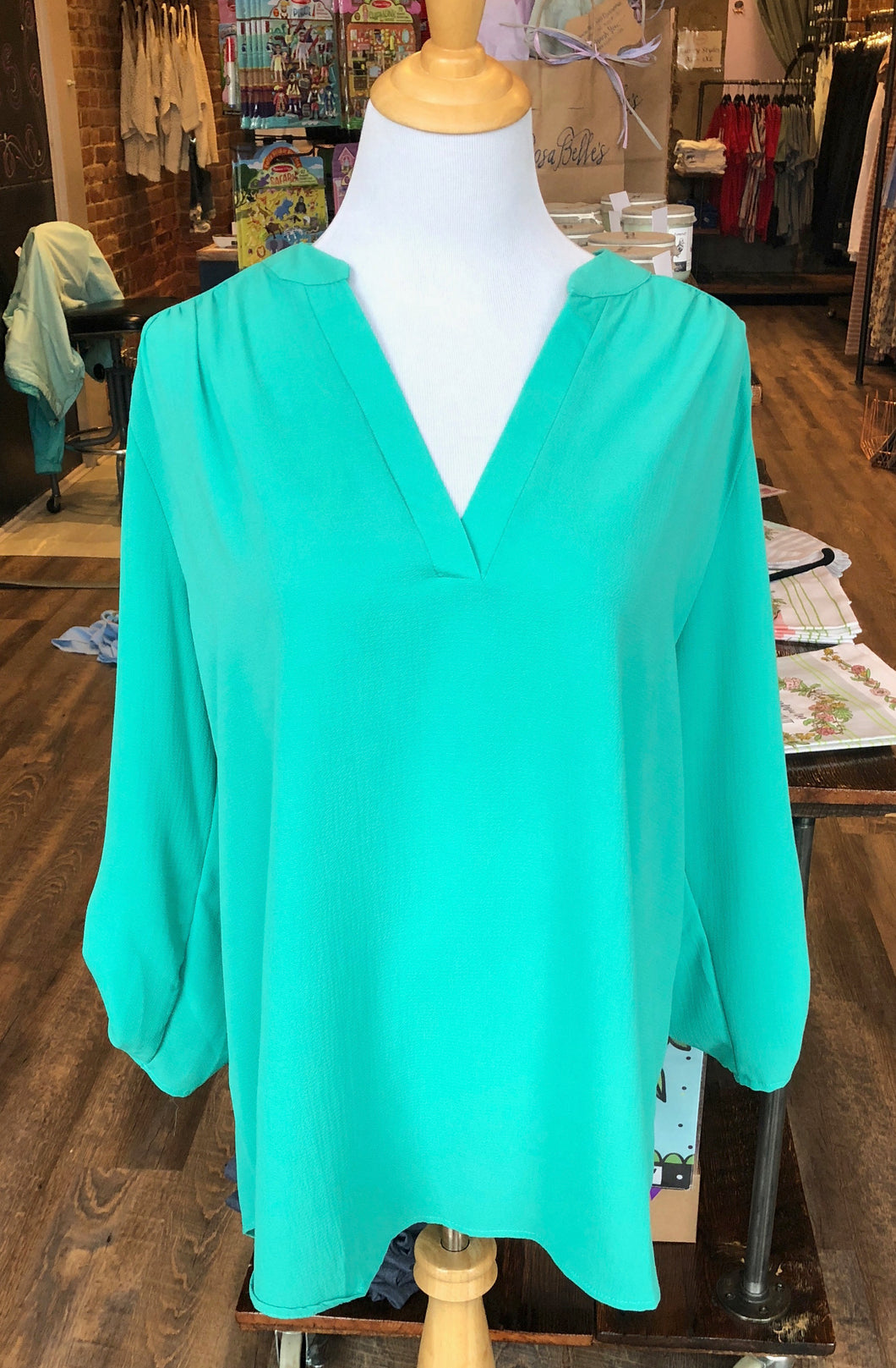 Jade Top With Quarter Length Sleeves