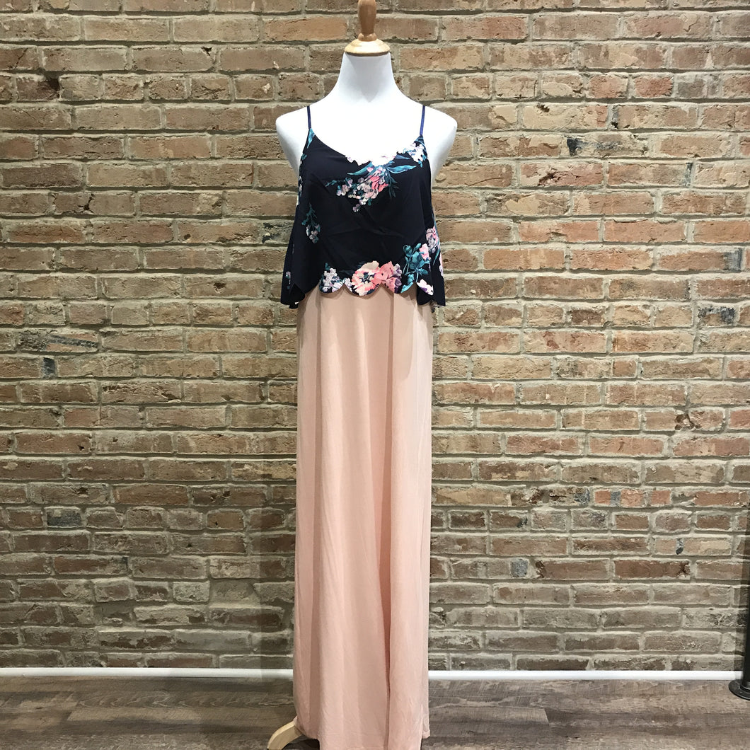 Floral Scallop Maxi Dress