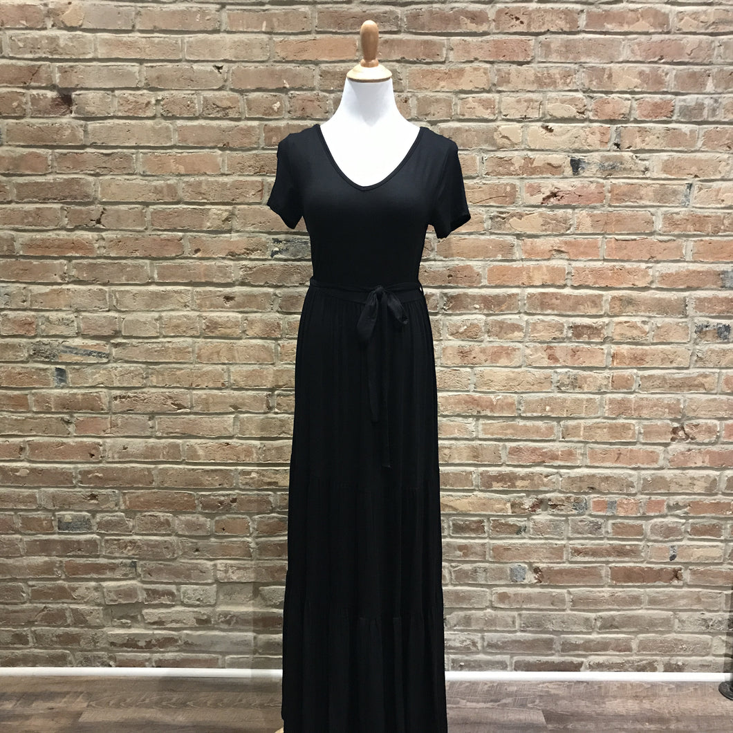 Waist Tie-Up Maxi Dress