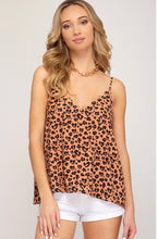 Scalloped Neck Printed Top