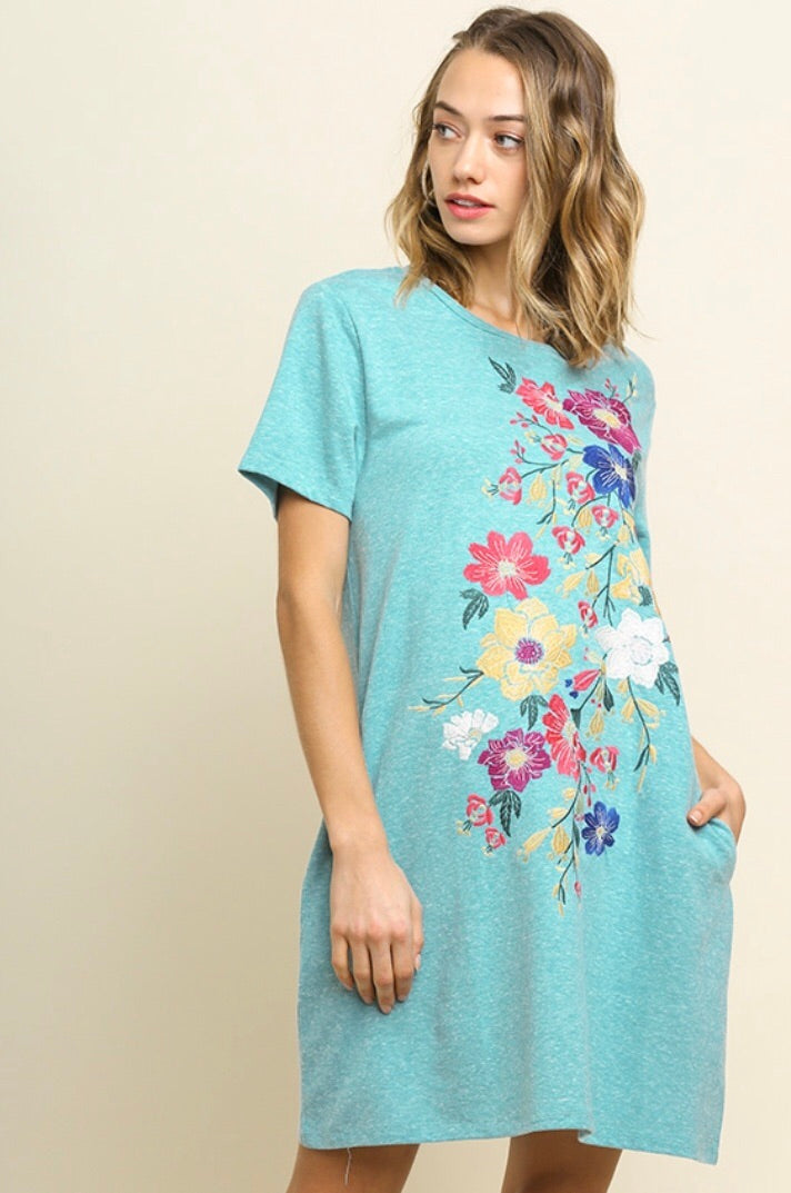 Floral Embroidered Dress w/ Pockets