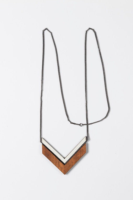 Necklace Campana - brown