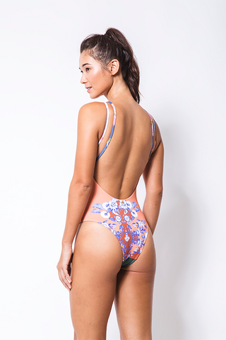 bathingsuit_orange_purple_emibeachwear_beachwear_backlobster_sustainable_biodegradable
