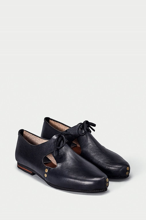 urbana shoes caboclo closed leather black sustainable