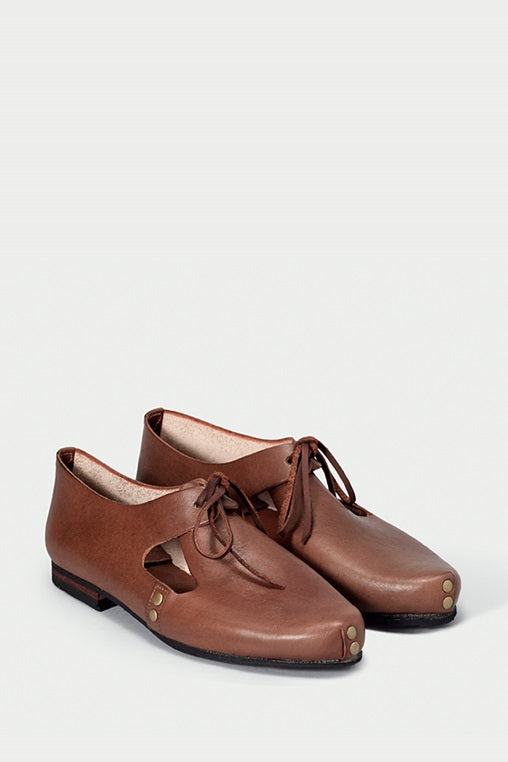 urbana shoes caboclo closed leather brown sustainable