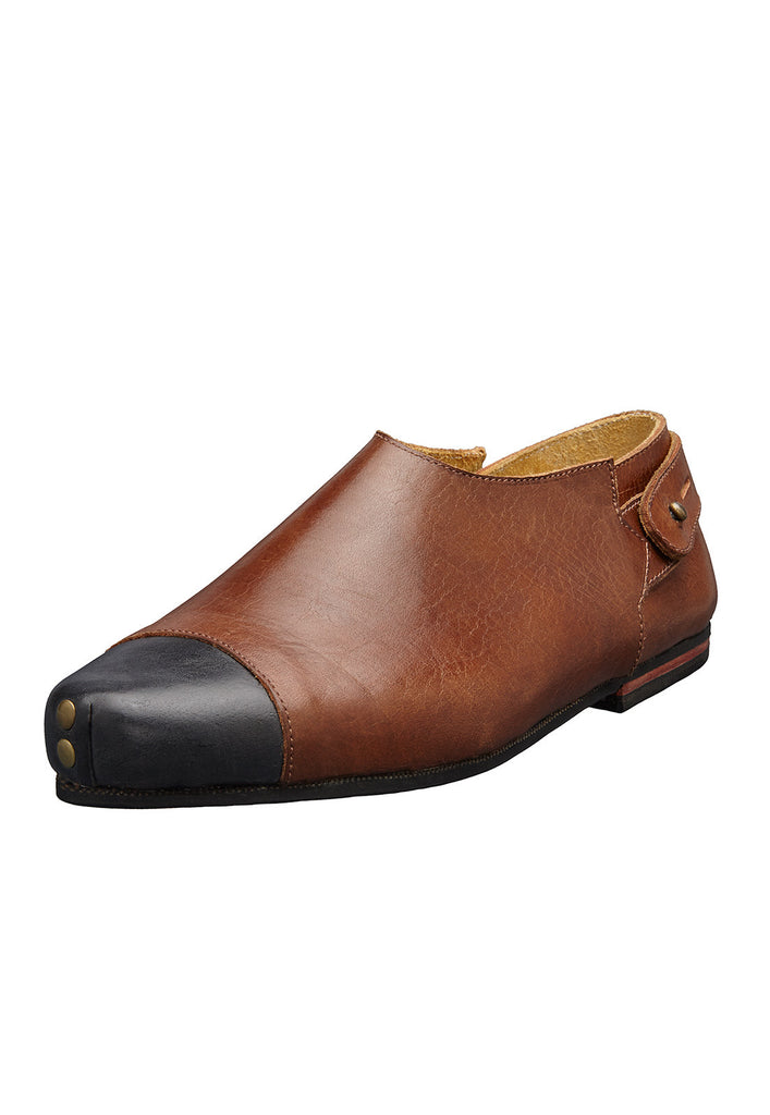 vintage shoe brown tip black caboclo sustainable leather