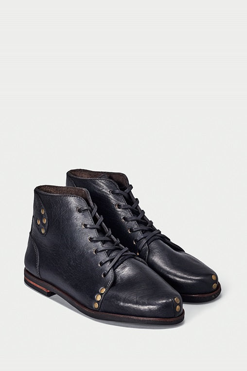 shoe 28 caboclo black boots leather sustainable