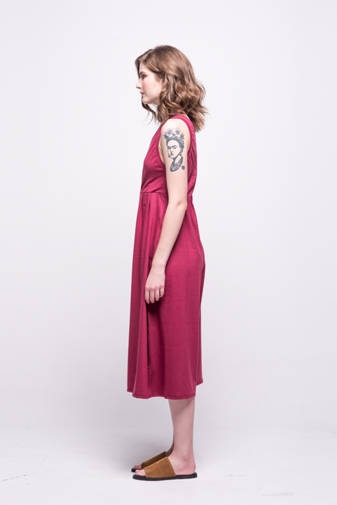 ada_jumpsuit_burgundy_midi_v_neck_cut_ana_side