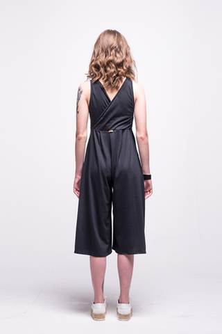 ada_jumpsuit_black_midi_v_neck_cut_ana_front_back
