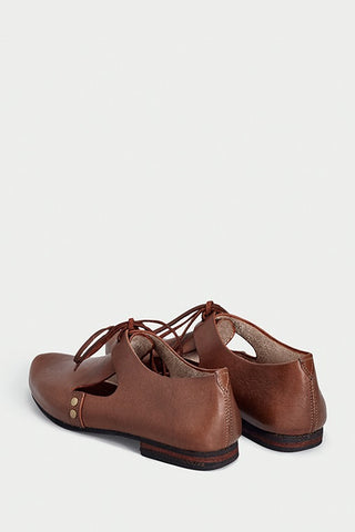 urbana shoes caboclo closed leather brown sustainable back