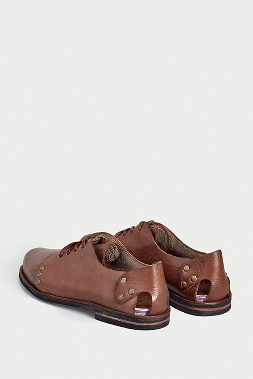 hispster brown sandals caboclo leather sustainable back