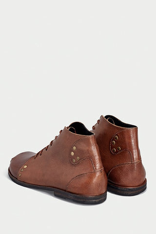 shoe 29 caboclo brown boots leather sustainable back