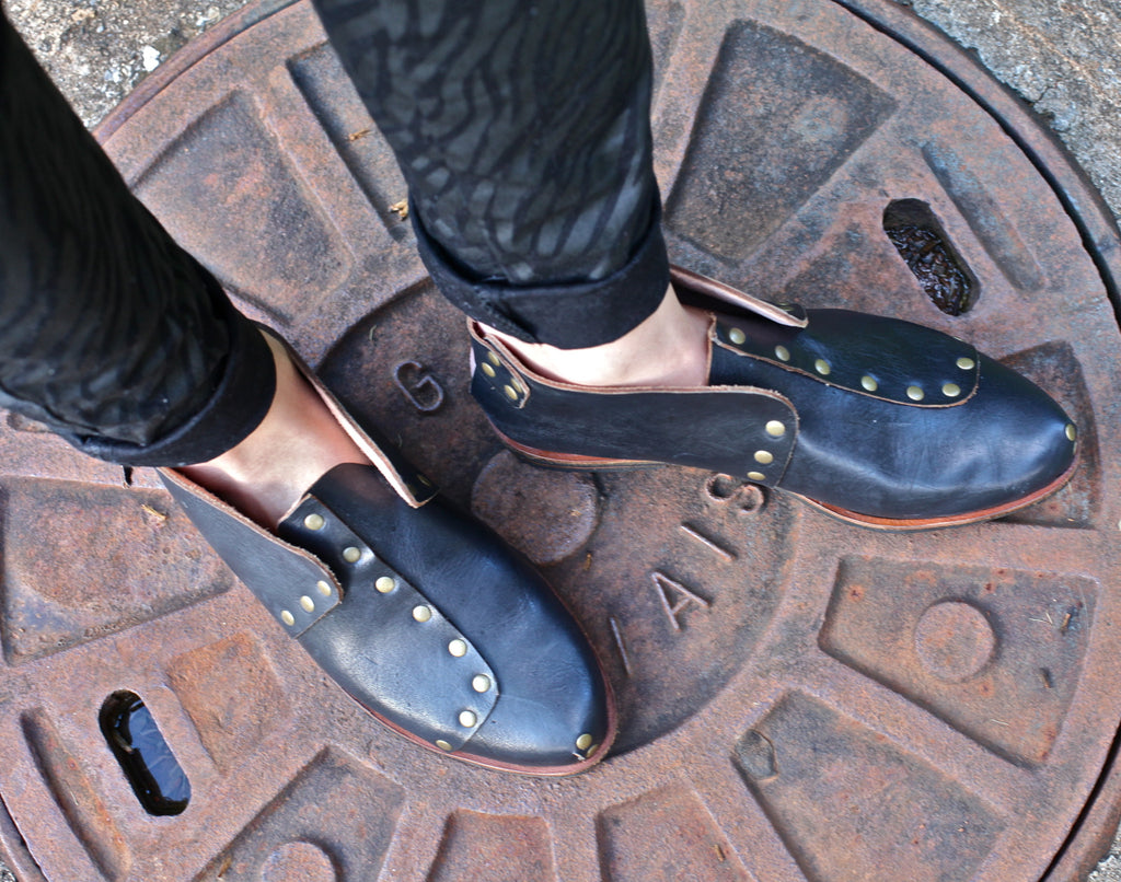 rock shoes caboclo black leather sustainable on feet