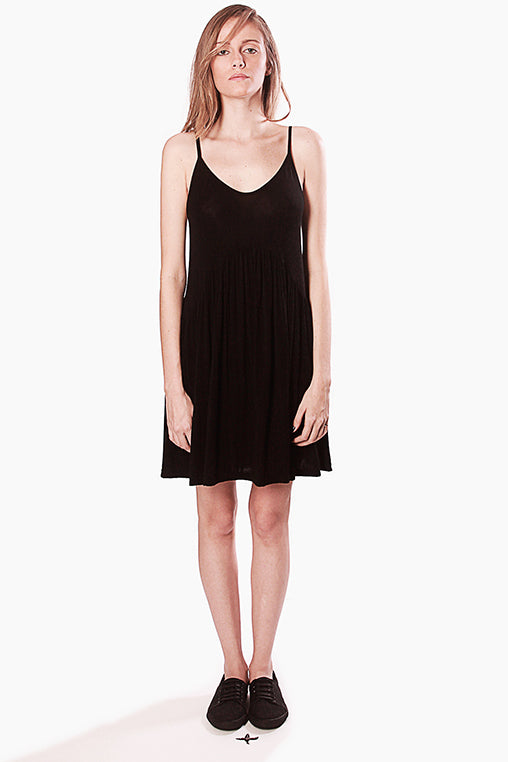 sun dress movin bamboo viscose black sustainable
