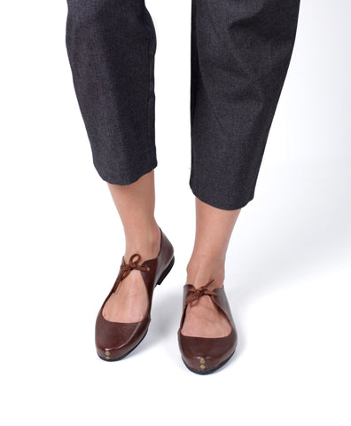 bailarina flats fauna caboclo leather sustainable brown on feet