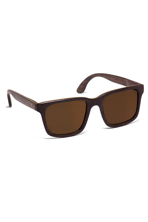 model_side_sunglasses_wood_sustainable_zerezes_squared_dark