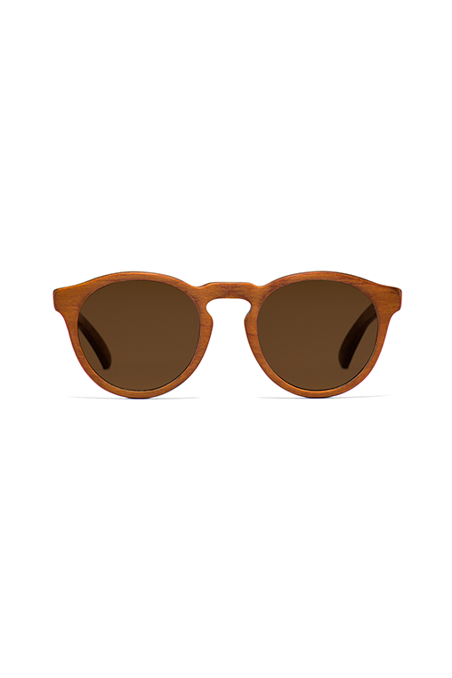 model_front_sunglasses_wood_sustainable_zerezes