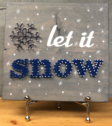 Let it snow w/small flakes