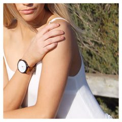Tan black and white minimal timepiece Sonny
