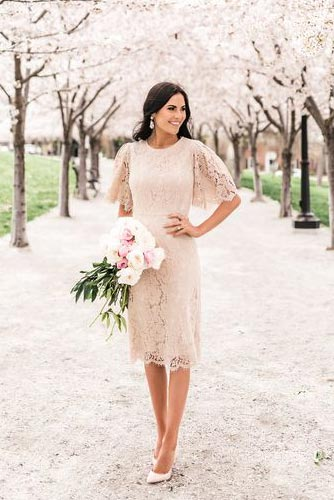 Be The Trendiest Bridesmaid with These Modest Dresses With Sleeves
