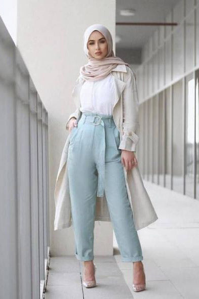 Modern Islamic Clothing Spotlight: Modest Work Clothes