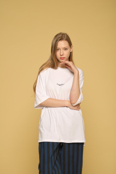 MEGAPHONE Basic T-shirt in White Modest Loose Fitting and Long Oversized White T-shirt in Cotton