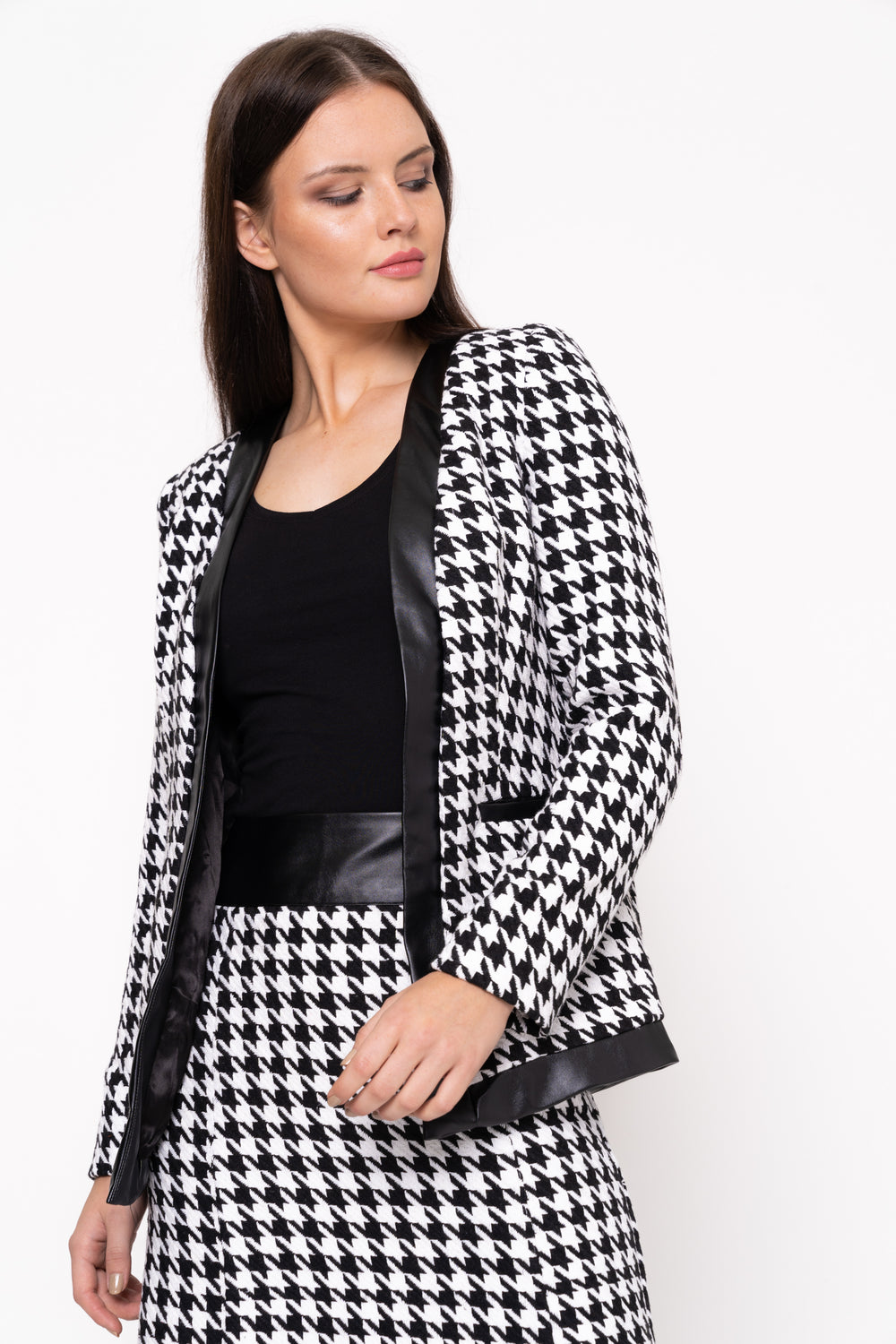Modest Houndstooth Jacket In Black And White Long sleeve with Binding