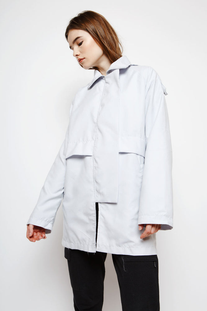 Muzca Casual Overcoat in Light Grey Modest Long Raincoat with Side Pockets in 100% Nylon