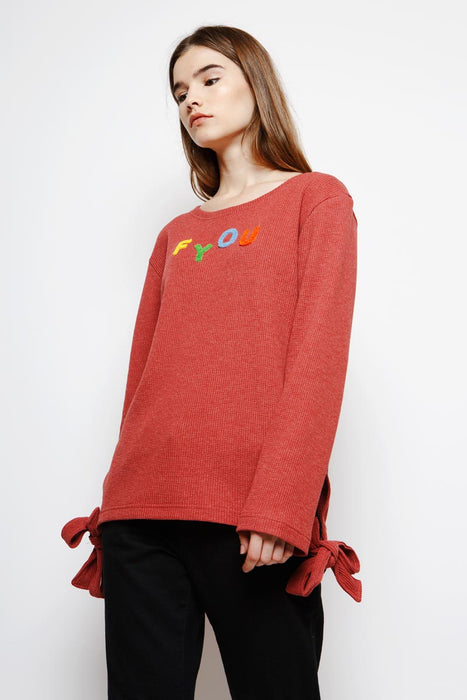 Muzca Fyou Sweatshirt Loose Fitting Red Sweater with Long Sleeves and Side Bow with Letter Prints in 100% Cotton