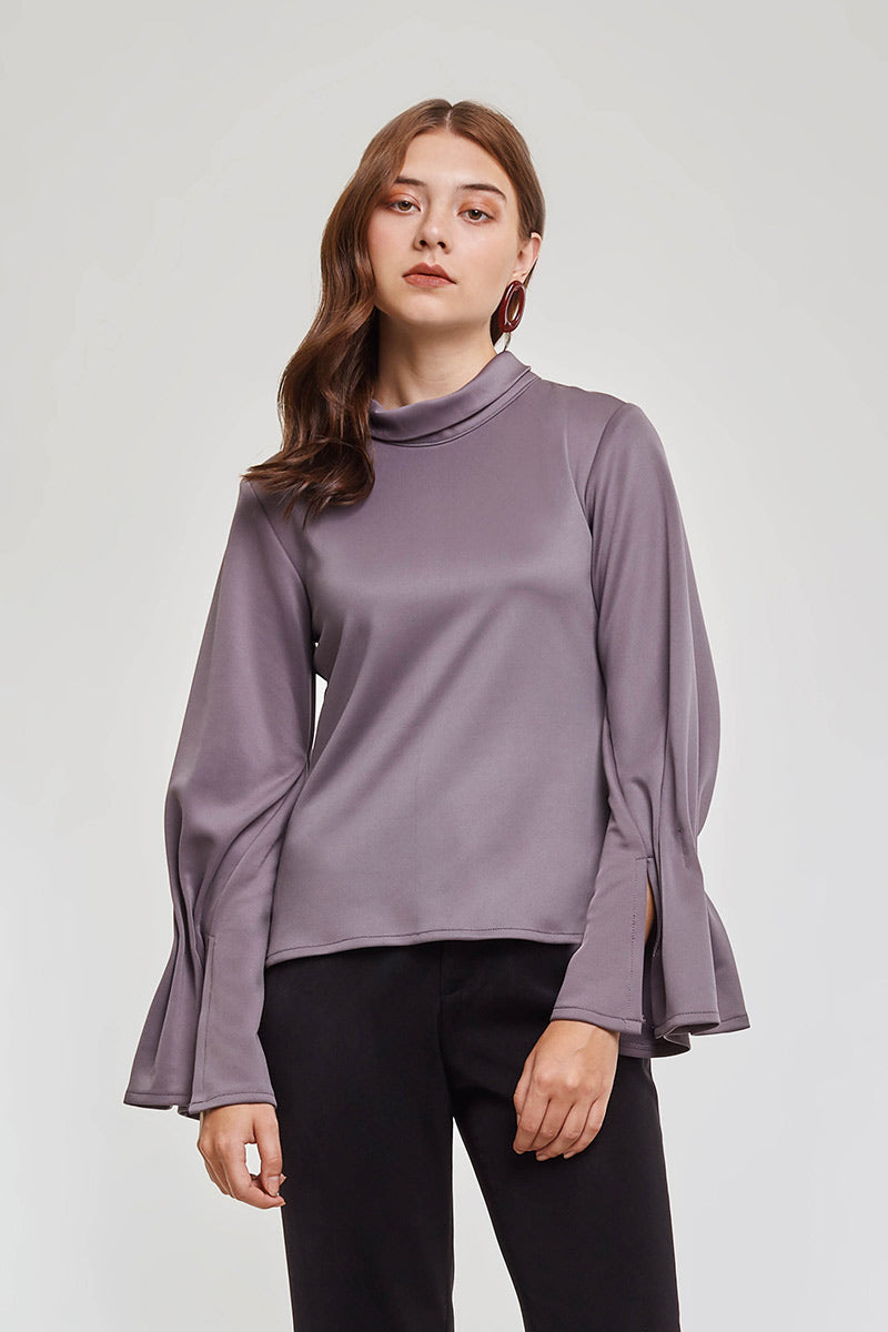 Domani Modest Long Sleeves with Frilled Cuffs in Loose Fit Ash in 100% Polyester