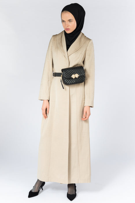 FERADJE Modest Women Royal Abaya in golden beige with collar and elegant pleated abraham fabric. It is unbuttoned and has fitted straight arms. It is design as a coat so it's perfect for any occasion and season. It can be machine washed full length view
