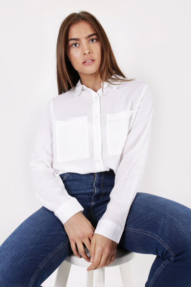 Unique 21 Modest White Shirt with Front Pockets in 100% Viscose