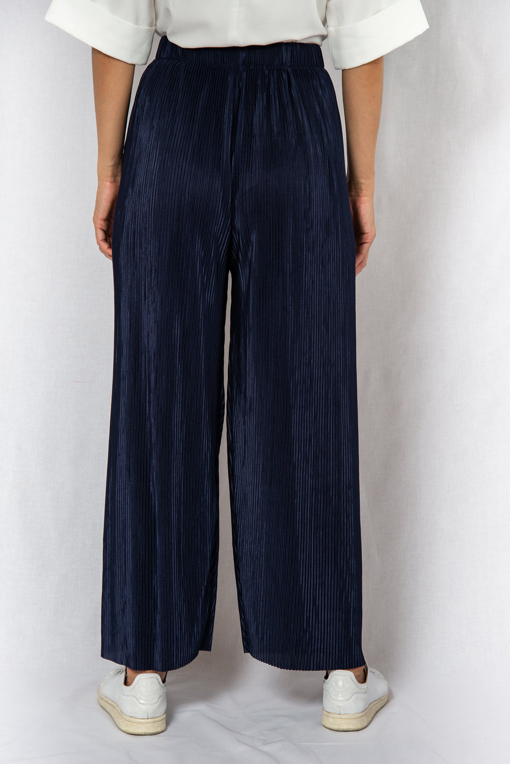 MODZ Navy Loose Pleated Pants Modest Wide Trousers With Pleats Elastic Waistband in Lightweight Polyester