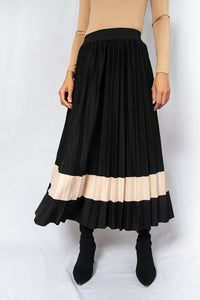 MODZ Black Loose Pleated Midi Skirt with Contrast Beige Modest Flowy Below-The-Knee Skirt With Stripe in Polyester