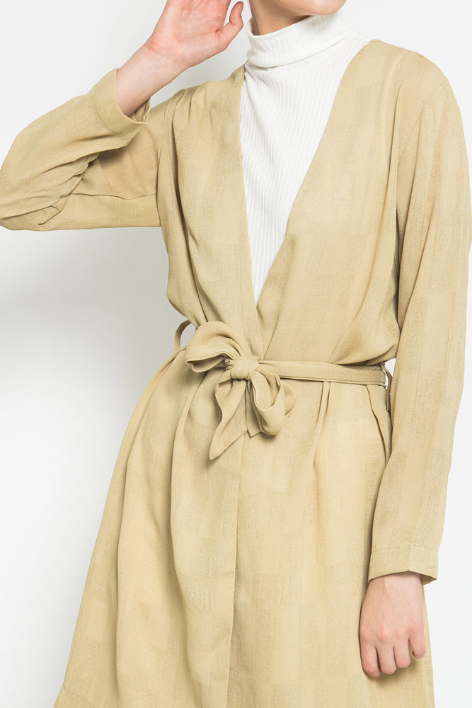 módni Catelya Outer Modest Wrap Kimono Beige with Long Sleeves Matching Belt