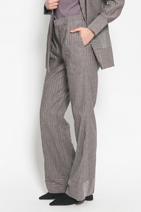 módni Calla Grey Stripe Pants | Modest Loose Women's Trousers in Cotton