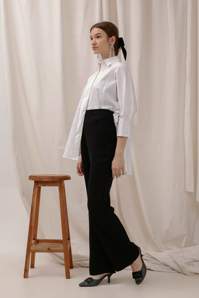 Le Bijou Skylar Oversize Shirt in White Modest Loose Fitting Women Shirt with Long Sleeves in Cotton