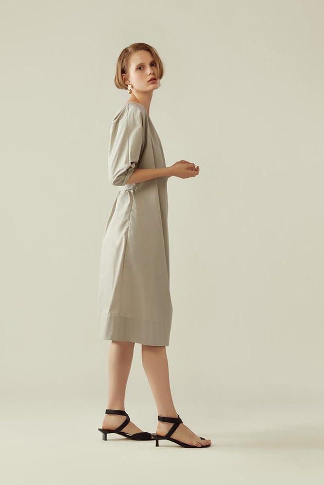 r y e Wrap Dress with Cocoon Sleeve in Earl Grey Modest Knee-Length Loose Fitting Ribbon Waist Dress With Pockets