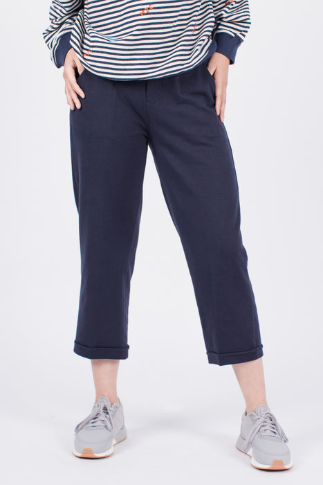 Muzca Dixie Pants Modest Loose Navy Women 3/4 Pants with Pockets in 100% Cotton