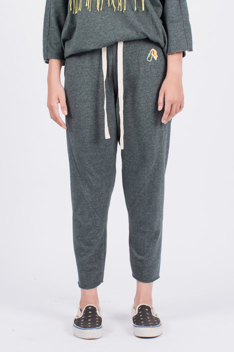 Muzca Eazy Cropped Sweatpants Modest Loose Trousers in Green with Drawstring, Pockets, Small Logo in 100% Cotton