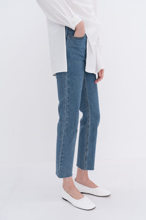 NOTA Sesonless Pipe Denim Blue Modest Loose Fitting Ankle-Length Trousers With Front and Back Pockets