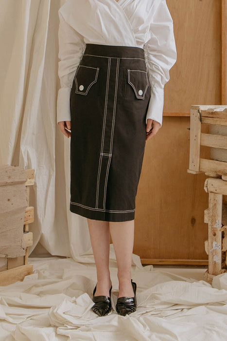 Le Bijou Piper Contrast Stitched Skirt in Black Modest Below-The-Knee Pencil Skirt with Two Front Pockets
